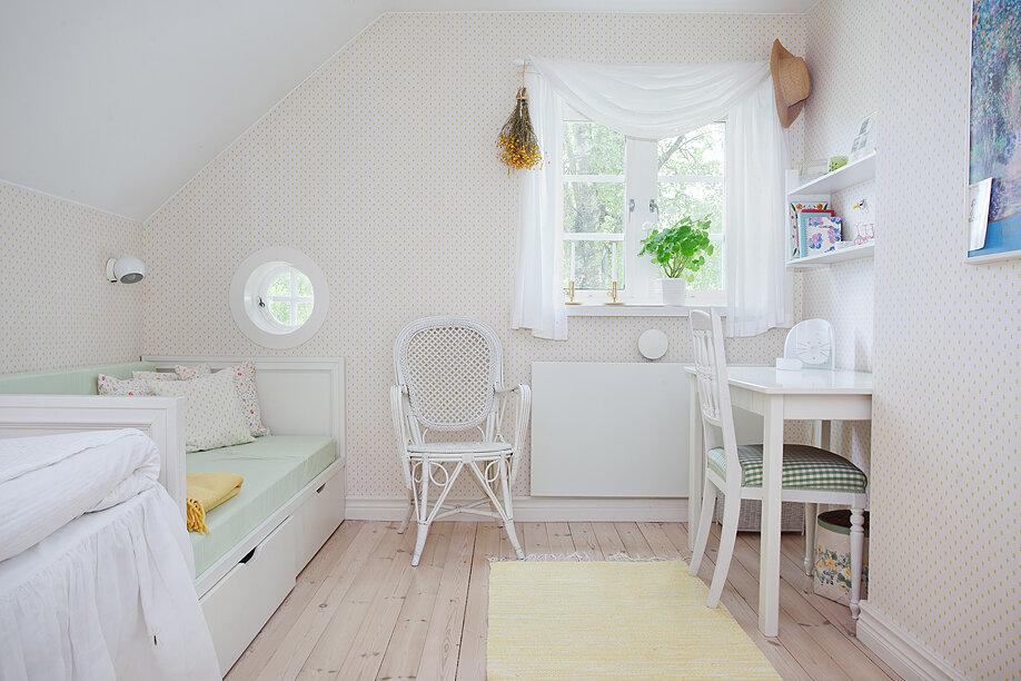 Дом для шведской семьи с 4 спальнями: нужен ли нашим семьям такой? Достоинства, недостатки, планы