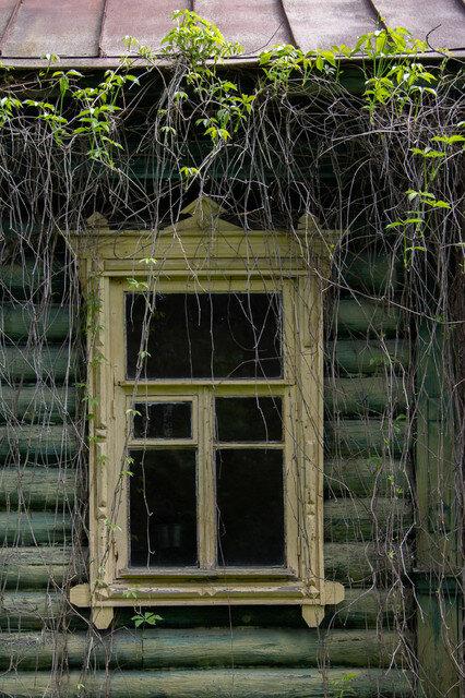 Душевная атмосферная ретро-дача в Подмосковье: кружевные скатерти, вышивка