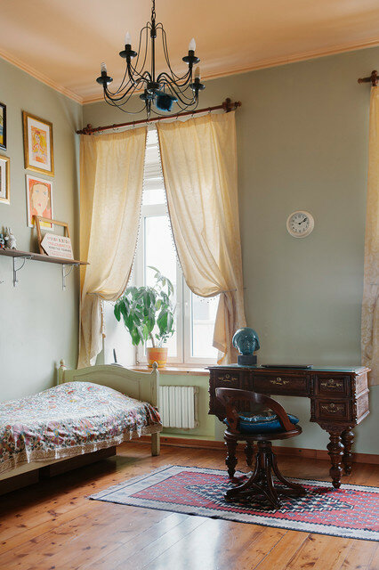 Строители во время ремонта нашли клад немецкой гувернантки в бывшей коммуналке Москвы: преображение квартиры